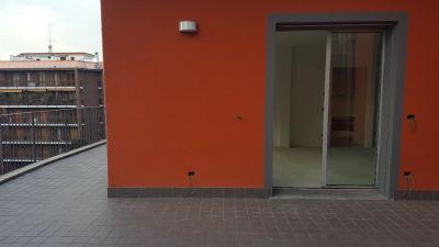 Attico in vendita a Milano in Via Val Leventina
