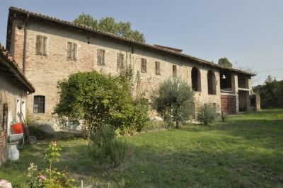 Casa indipendente in vendita a Villamiroglio in Via Roma