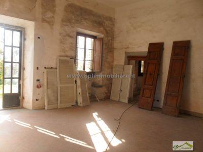 Trilocale in vendita a Firenze in Via Di Castello