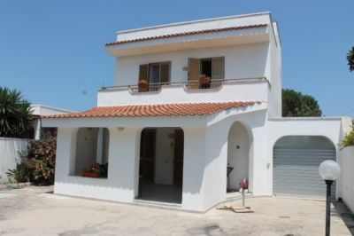 Casa indipendente in vendita a Lecce in Strada Casalabate Frigole S. Cataldo