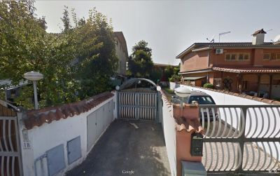 Bilocale in vendita a Pomezia in Via Ofanto, 1/a