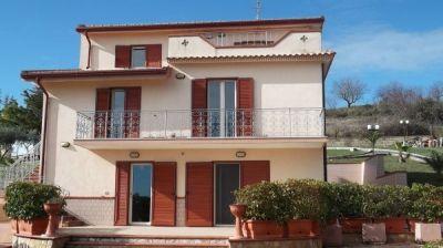 Villa in vendita a Matera in Strada Provinciale Ex Strada Statale 271 Matera - Santeramo