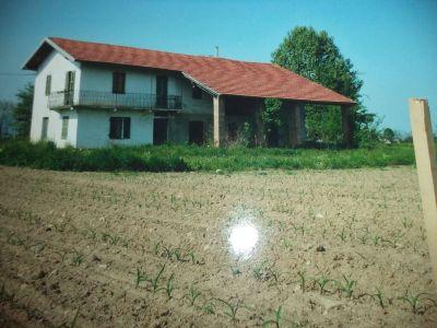 Casa indipendente in vendita a Caraglio in Via Vecchia Di Busca