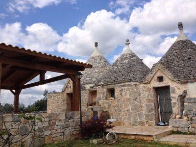 Villa in vendita a Castellana Grotte in Strada Vicinale Delle Guadiane