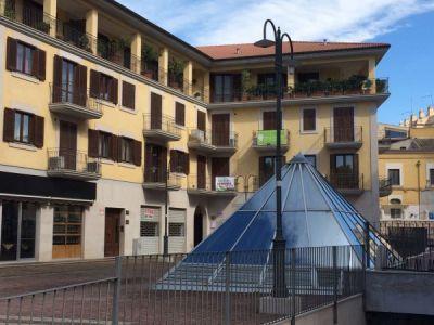 Trilocale in vendita a Foggia in Piazza Sinisclalco Ceci