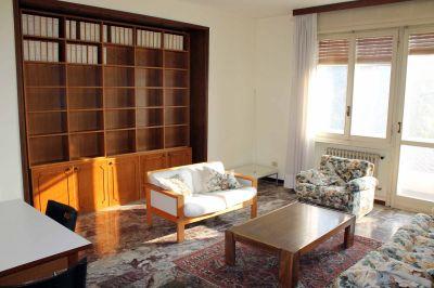 Quadrilocale in affitto a Ferrara in Via Pomposa
