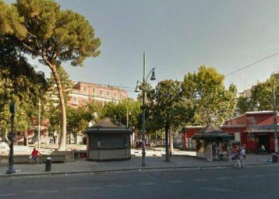 Quadrilocale in vendita a Napoli in Piazza Benso Conte Di Cavour