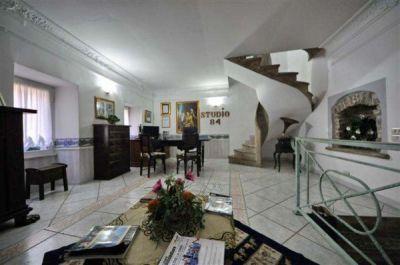 Palazzo/Palazzina/Stabile in vendita a Sezze in Via San Carlo