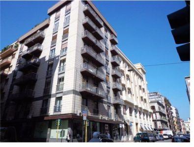 Quadrilocale in vendita a Bari in Via Andrea Da Bari