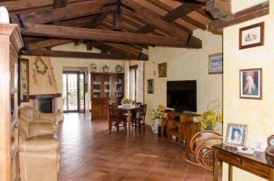 Villa in vendita a Cerveteri in Via Fosso Della Tomba