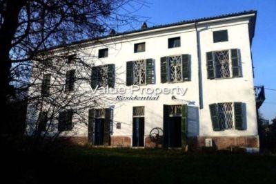 Casa indipendente in vendita a Alessandria in Strada Vicinale Delle Fontanette