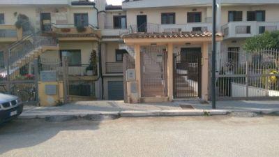 Casa indipendente in vendita a San Giovanni Rotondo in Via Lorenzo Perosi
