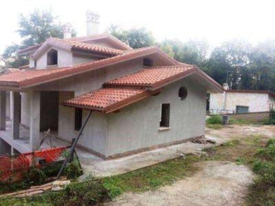 Villa in vendita a Riano in Via Baschi
