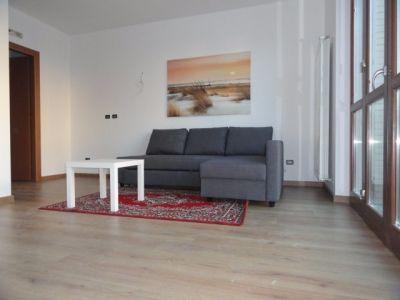 Villa in vendita a Albairate in Via Dante Alighieri