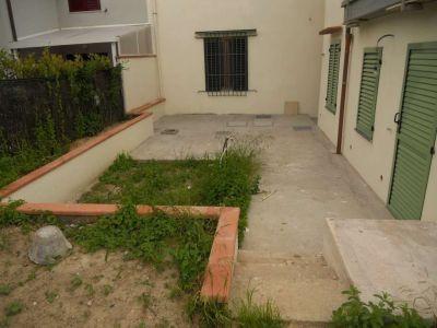 Bilocale in vendita a Prato in Via Di Casale E Fatticci, 22