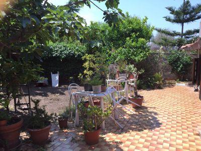 Casa indipendente in vendita a Torre del Greco in Via Madonna Della Misericordia, 4