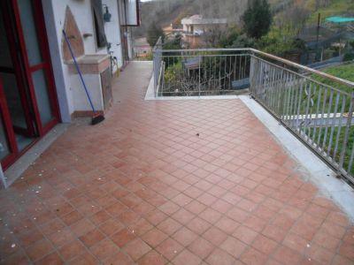 Trilocale in affitto a Pozzuoli in Strada Provinciale Per Pianura