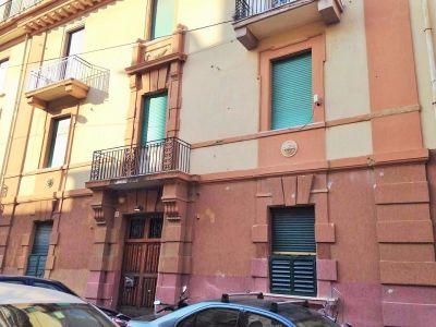 5 locali in vendita a Messina in Via Del Bufalo