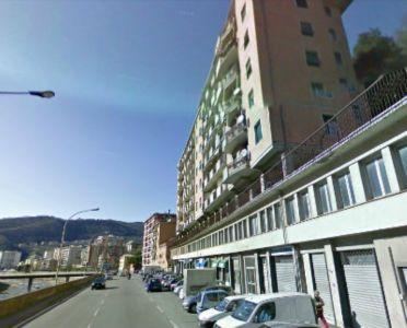 Trilocale in vendita a Genova in Via Molassana 110 C