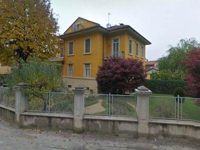 Villa in vendita a Santena in Via Sambuy