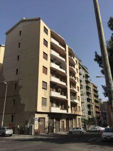 5 locali in vendita a Catania in Via Caronda