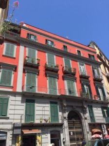 Trilocale in vendita a Napoli in Piazza Camillo Benso Conte Di Cavour