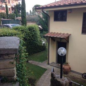 Villa in vendita a Riano in Via Dei Costaroni
