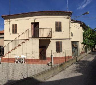 Villa in vendita a Senigallia in Via A. Panzini