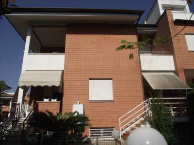 Villa in vendita a Latina in Via Polusca