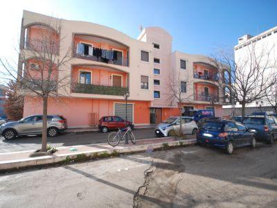 Trilocale in vendita a Foggia in Via Giacomo Cosmano