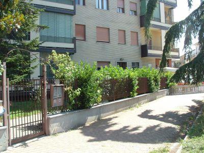 Quadrilocale in vendita a Alessandria in Largo Catania