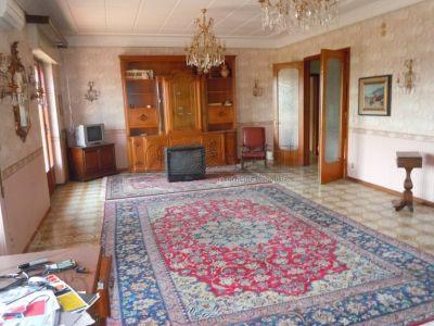 5 locali in affitto a Catania in Via Lo Jacono Francesco
