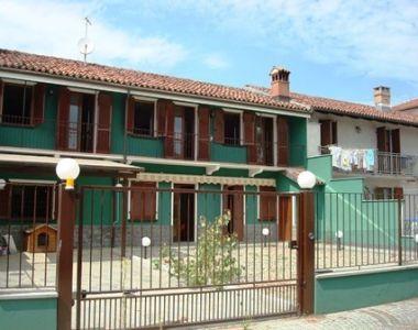 Villa in affitto a Carmagnola in Vicolo Ghietti
