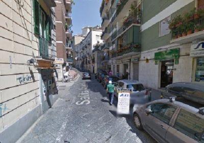 Negozio in vendita a Napoli in Via Salita Arenella5