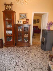 Villa in vendita a Alessandria in Strada Raggi