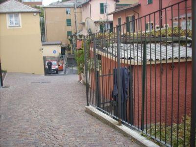 Magazzino in affitto a Genova in Via Romana Di Quarto