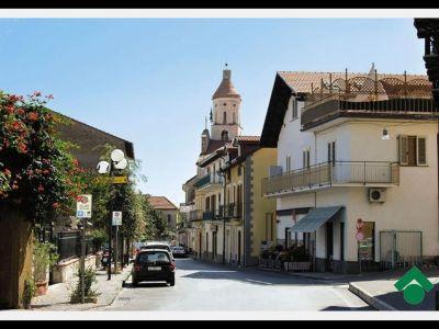 Trilocale in vendita a Agerola in Piazza Madonna Di Loreto -1