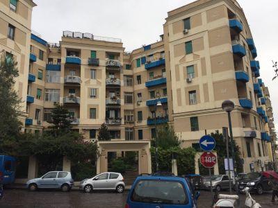 Quadrilocale in vendita a Napoli in Piazza Canneto