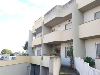 Villa in vendita a Latina in Via Guido D'arezzo
