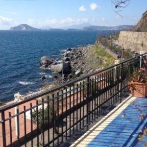 Edificabile in affitto a Pozzuoli in Via Napoli
