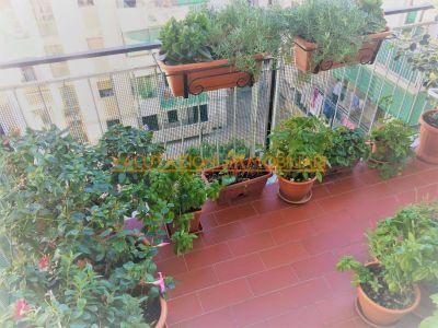 5 locali in vendita a Napoli in Via Dell'epomeo