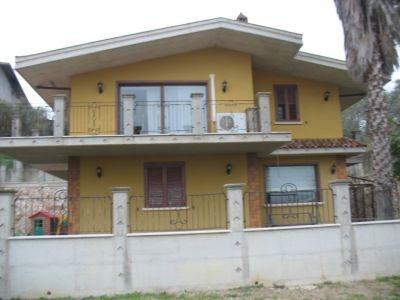Villa in vendita a Spoltore in Via Giuseppe Garibaldi