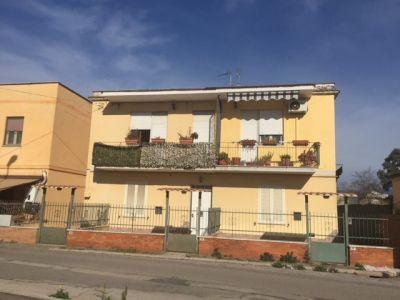 Trilocale in vendita a Latina in Via Pietro Marcellino Corradini