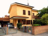 Villa Vendita Cento