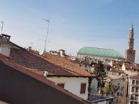Attico / Mansarda Vendita Vicenza  Borgo Berga, Centro Storico, Ospedale, Stadio