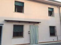 Casa indipendente Vendita Rodigo