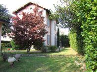 Villa Vendita Barzanò
