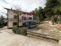 Villa Vendita Rosora
