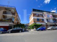 Appartamento Vendita Napoli  Pianura, Soccavo, Traiano