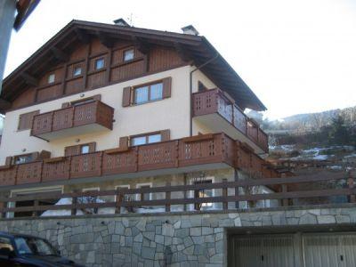 Vendita appartamento bormio trilocale in via per piatta for 1 piano di appartamento di garage per auto